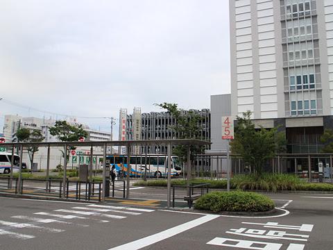 高知駅バスターミナル その2