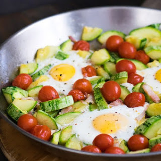One-Pot Zuchinni, Tomato E Egg Recipe