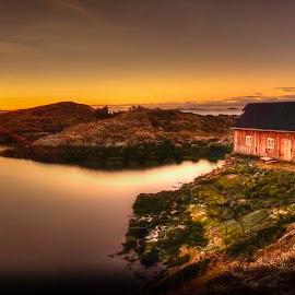 Good night by Jan Helge - Landscapes Sunsets & Sunrises ( water, sunset, bud, sun, norway )