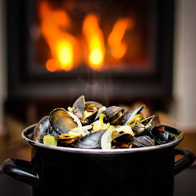 Belgian mussels  by Adriana Yampey - Food & Drink Plated Food