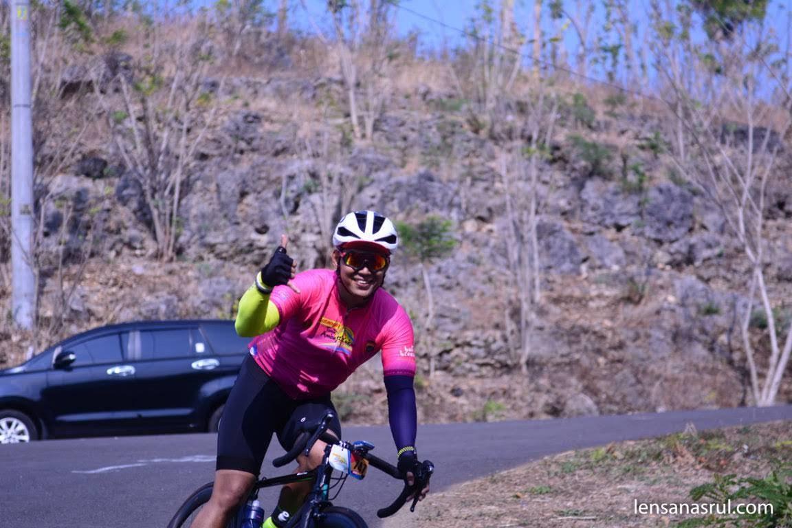 Doni Tata sebagai Road Captain Tour de Ambarrukmo