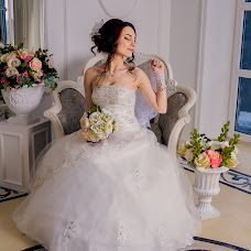 Wedding photographer Margarita Pryazhnikova (Yaleeni). Photo of 09.04.2016