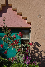 Photo: Our hotel in Erfoud - Bouganvillea - like we see in all hot countries