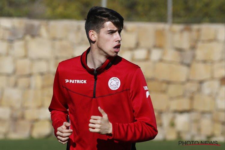 """18-jarige youngster (en broer van) maakt debuut in play-off 2: """"Natuurlijk smaakt dit naar meer"""""""