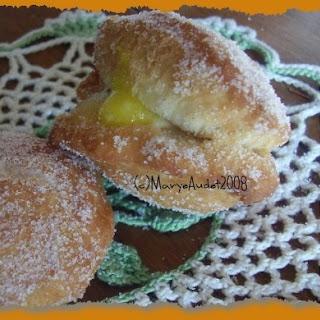 Lemon Filled Doughnuts