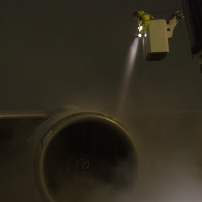 De-icing a Boeing 777 by Doram Jacoby - Transportation Airplanes