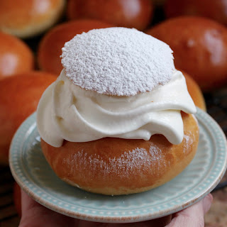Traditional Swedish Fat Tuesday Buns (Semla)