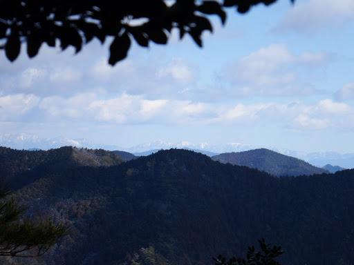岩の上から南アルプス2