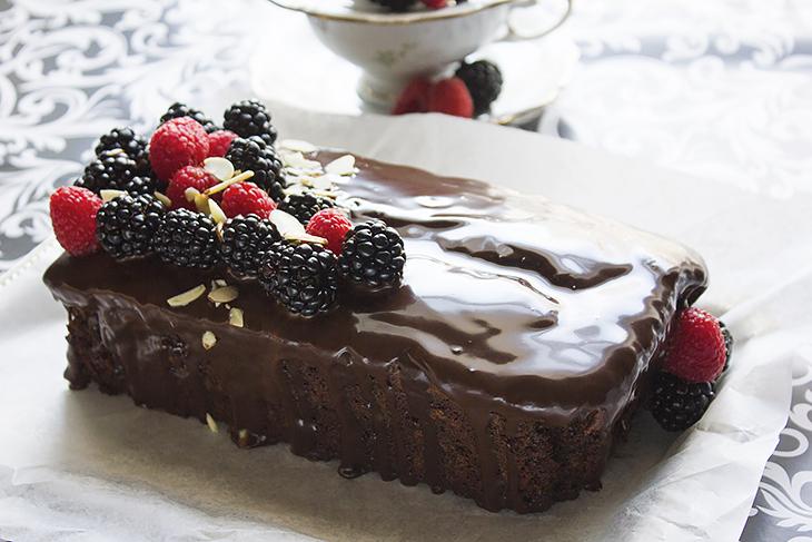 Chocolate Fudge Loaf Cake