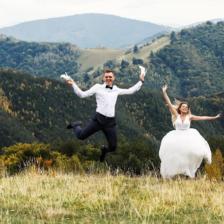 Wedding photographer Adrian Rusu (AdrianRusu). Photo of 19.11.2017
