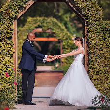 Wedding photographer Zino John (JohnEkor). Photo of 21.08.2018