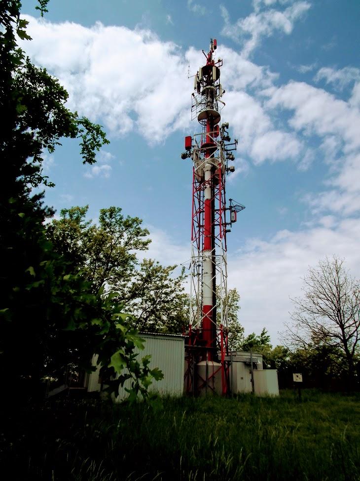 Kaposvár/Rómahegy - DVB-T gapfiller+helyi URH-FM adóállomás