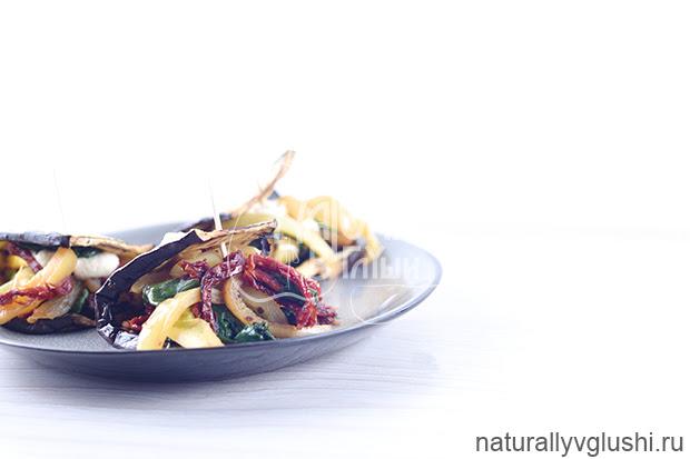 Теплый баклажан со шпинатом и тахини | Блог Naturally в глуши