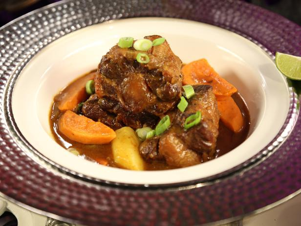 Spicy Jamaican Oxtail Curry Recipe
