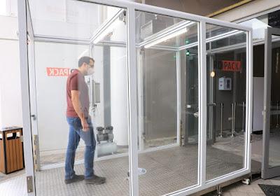 🎥 Un tunnel désinfectant pour lutter contre la propagation du coronavirus dans les stades