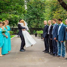 Wedding photographer Alena Kalashnikova (Petisha). Photo of 30.01.2015