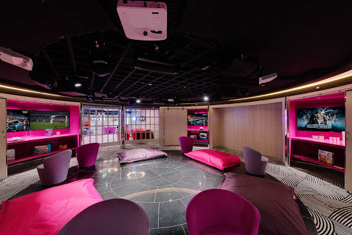 msc-meraviglia-teen-club.jpg -  Young people have their own place to hand at the Teen Club on MSC Meraviglia.