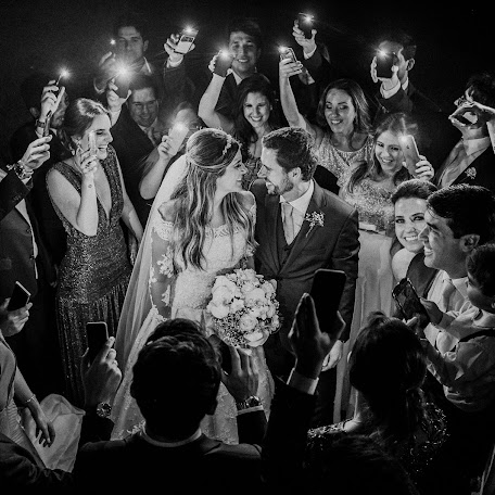 Wedding photographer Renata Xavier (renataxavier). Photo of 31.10.2017