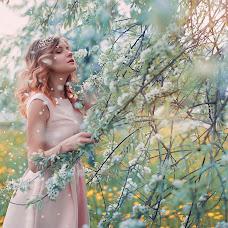 Wedding photographer Ekaterina Pochinalova (Pochinalova). Photo of 10.07.2015