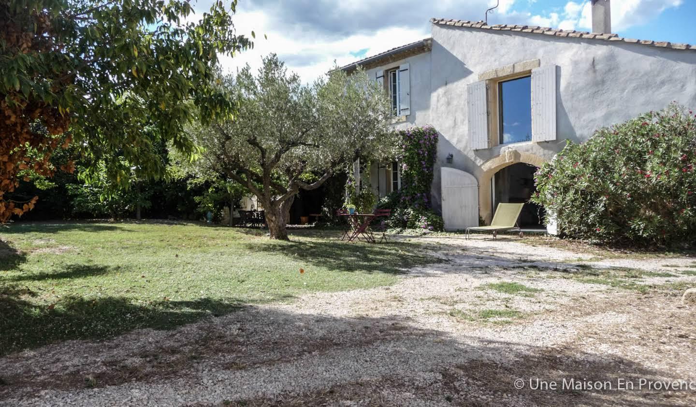Maison avec jardin et terrasse Théziers