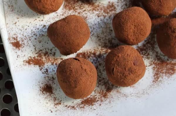 Kahlua Cream Truffles