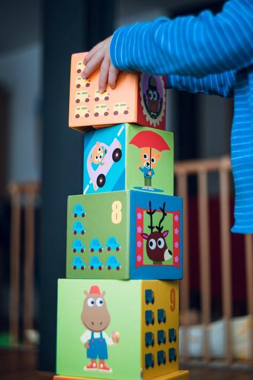 Toddler Piling Cubes