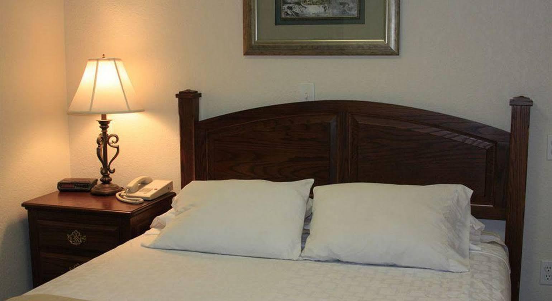 The Suites at Marina Bay