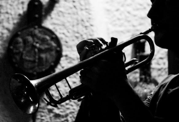 Luci e ombre celano musica e magia di antonella73