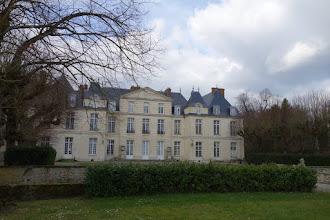 Photo: Château (et Mairie) du Mesnil St Denis