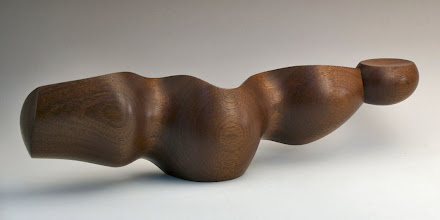 "Photo: Mark Sfirri - mahogany ""spoon""; purchased by Phil Brown at AAW auction in Albuquerque"