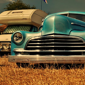 by Derek Tomkins - Transportation Automobiles