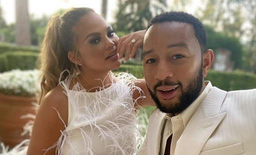 'Chrissy, Put Down His Phone': John Legend's Sarcastic Tweet to Mike Pompeo Has Fans Insinuating the Singer's Wife Was the Culprit Behind It