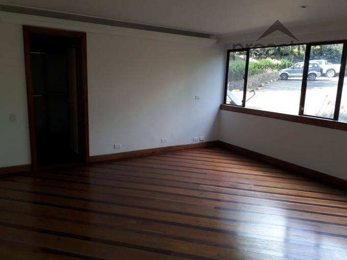 apartamento en arriendo poblado 497-6403