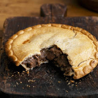 English Beef Pastry Pie.