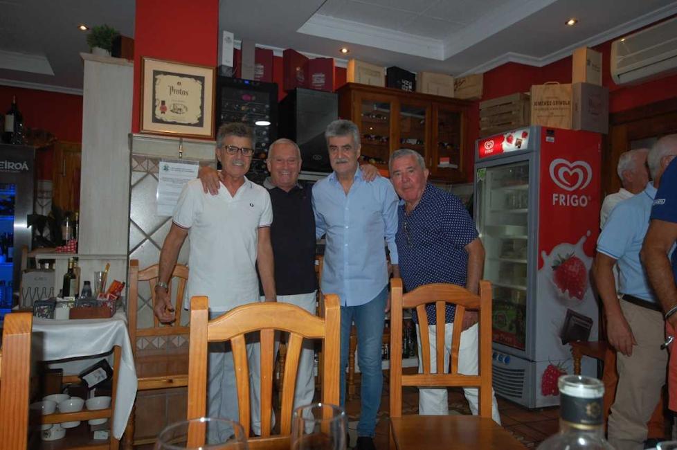 Los hermanos Andújar con Paquitico y Pepe Luis Almécija.