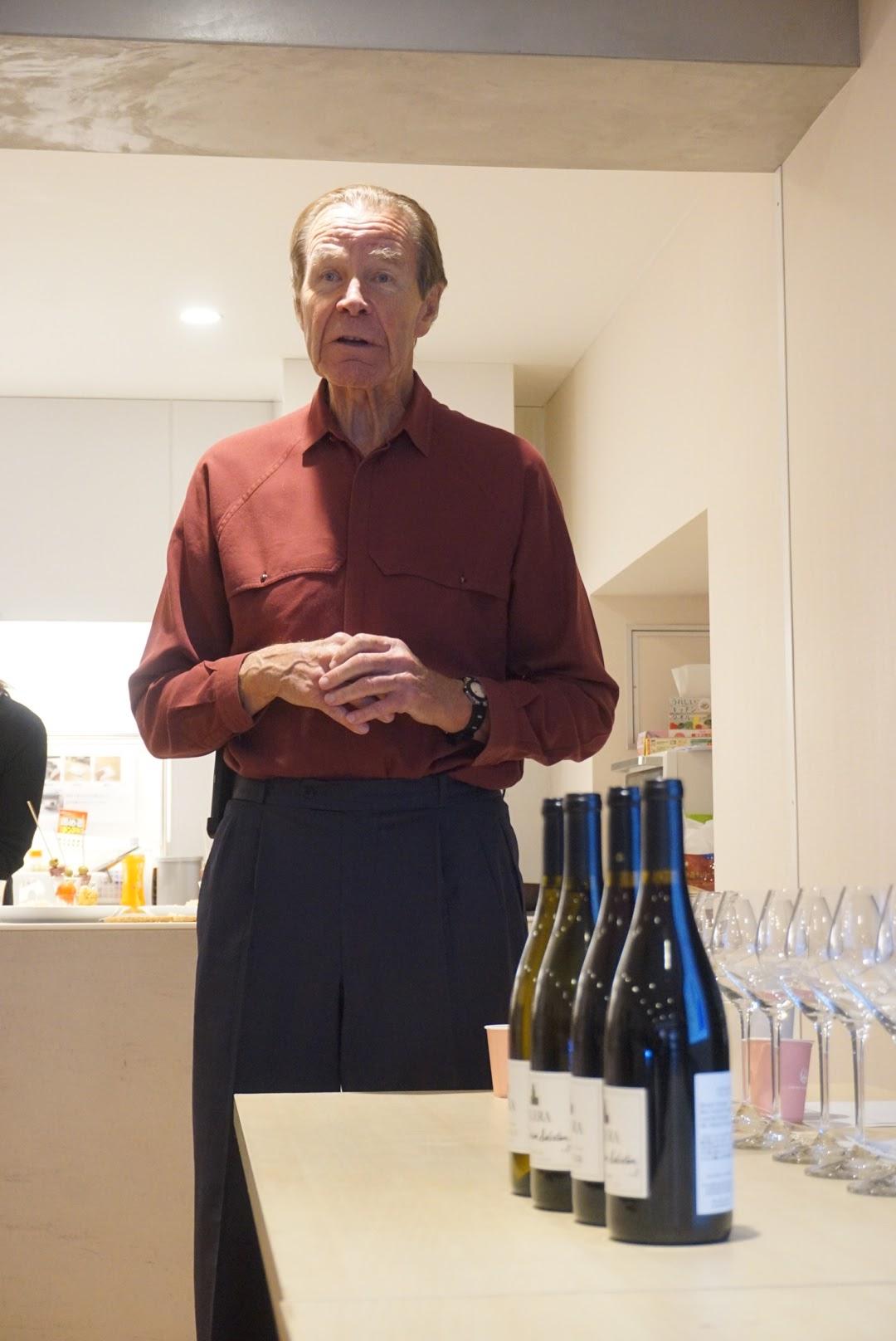 98baa1f56bb カレラの創設者ジョシュ・ジェンセンと現在のワインメーカーであるマイク・ウォーラーが来日し、雑誌「ワイン王国」とコラボしたセミナーが開かれました。