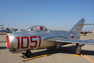 Photo: MiG-15, dočasné barvy jsou už trochu olétané. Na směrovce prosvítá původní hvězda.