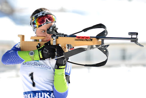 In the line of fire by Gregor Dinghauser- Dingo - Sports & Fitness Snow Sports