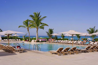 Photo: #020-La piscine du Club Med de Columbus Isle