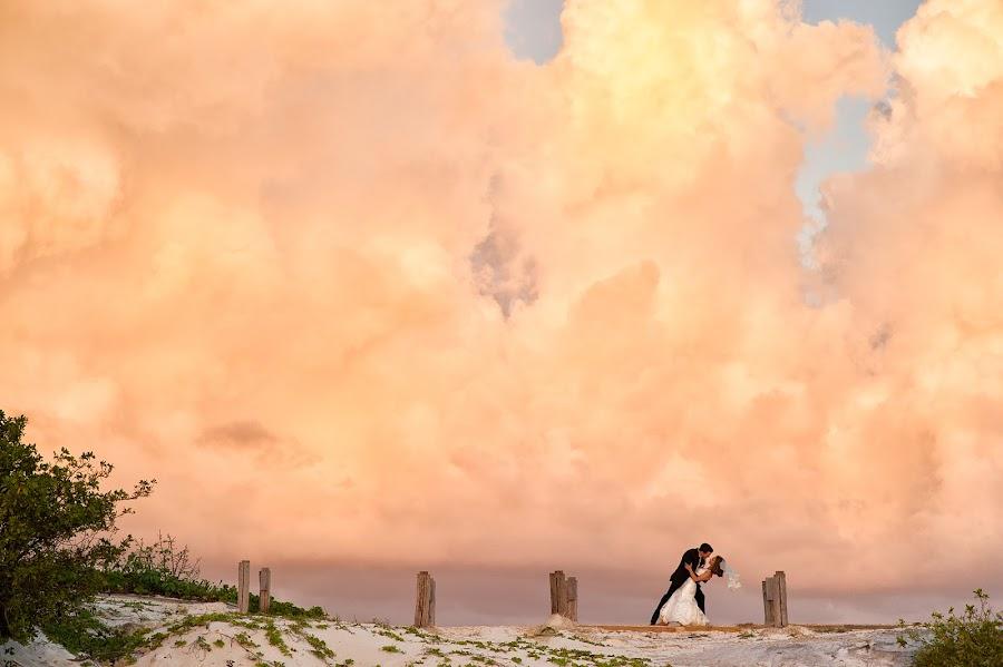Wedding photographer Tara Theilen (theilenphoto). Photo of 28.10.2014