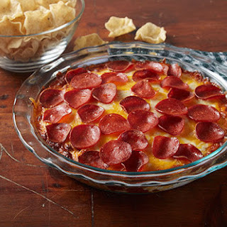 Three-Cheese Pepperoni Pizza Dip