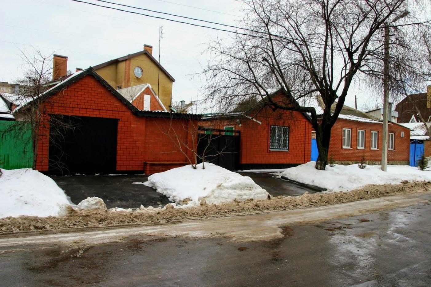 https://sites.google.com/site/istoriceskijtaganrog/istoriceskij-bulvar/dom-1
