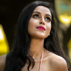 Down the memory line by Rajib Chatterjee - People Portraits of Women