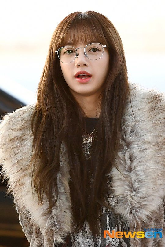 lisa glasses 41