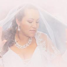 Wedding photographer Ekaterina Chibiryaeva (Katerinachirkova). Photo of 25.10.2014