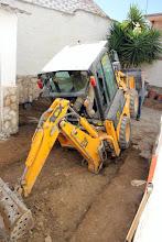 Photo: Espectacular imagen de la maquinaria de Fernando Berna durante los trabajos.