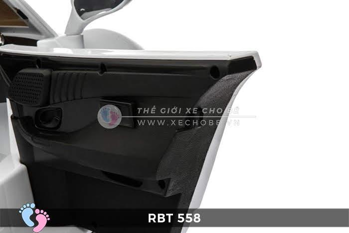 Xe oto điện cho bé RBT-558 18