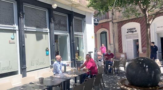 Los extranjeros coparon el empleo de agosto en Almería