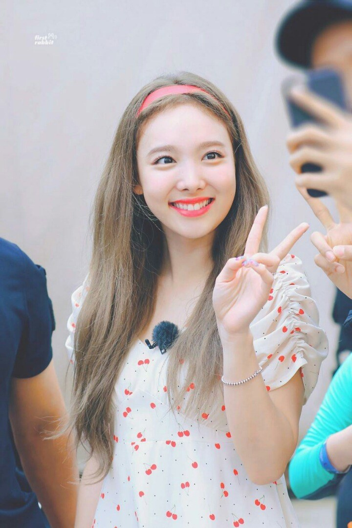 nayeon favorite dress 2