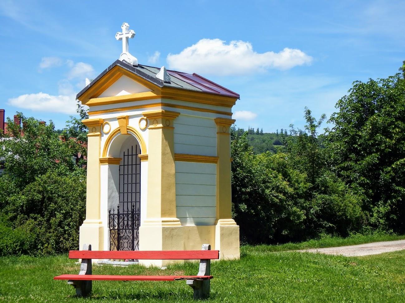 Kőszeg - Mária-szobor (kiskápolna)